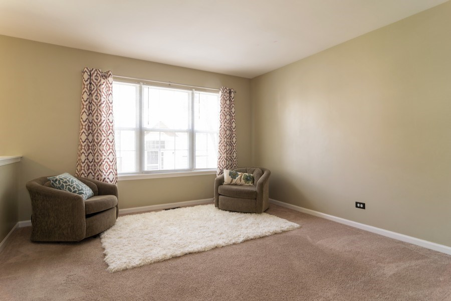 Real Estate Photography - 1661 Orchard Court, West Chicago, IL, 60185 - Living Room