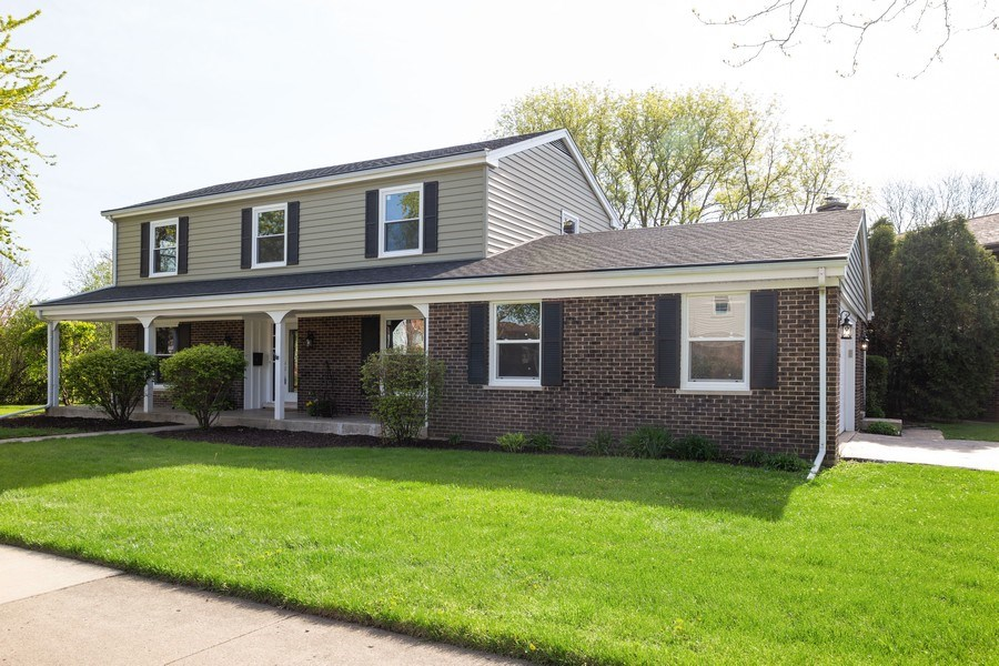 Real Estate Photography - 1653 N. Douglas Avenue, Arlington Heights, IL, 60004 - Front View