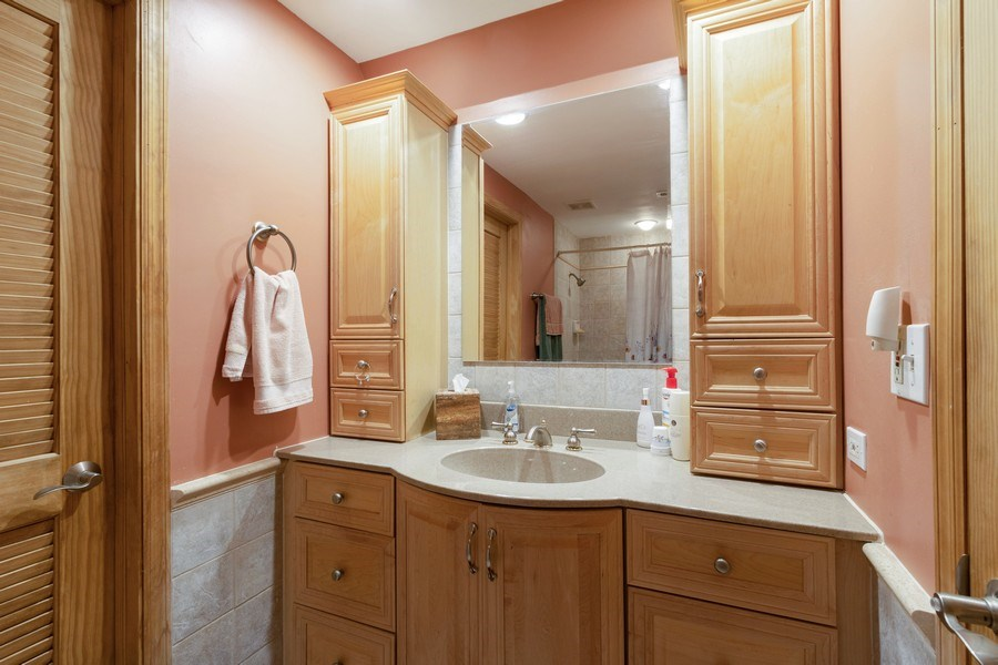 Real Estate Photography - 4218 Wilson Avenue, Rolling Meadows, IL, 60008 - Master Bathroom