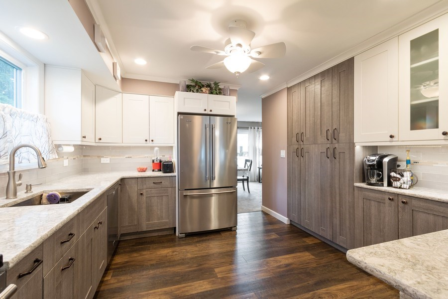 Real Estate Photography - 4218 Wilson Avenue, Rolling Meadows, IL, 60008 - Kitchen