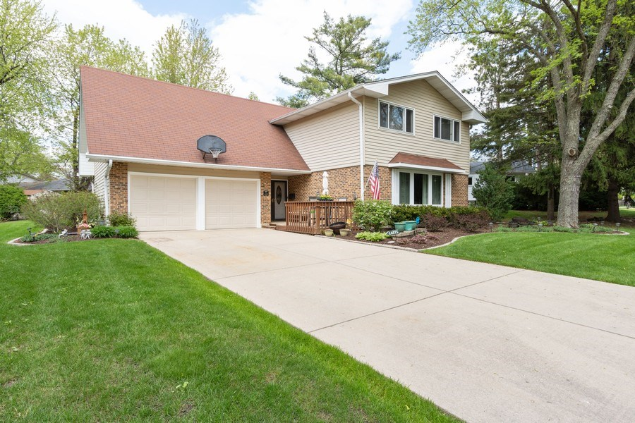 Real Estate Photography - 4218 Wilson Avenue, Rolling Meadows, IL, 60008 - Front View