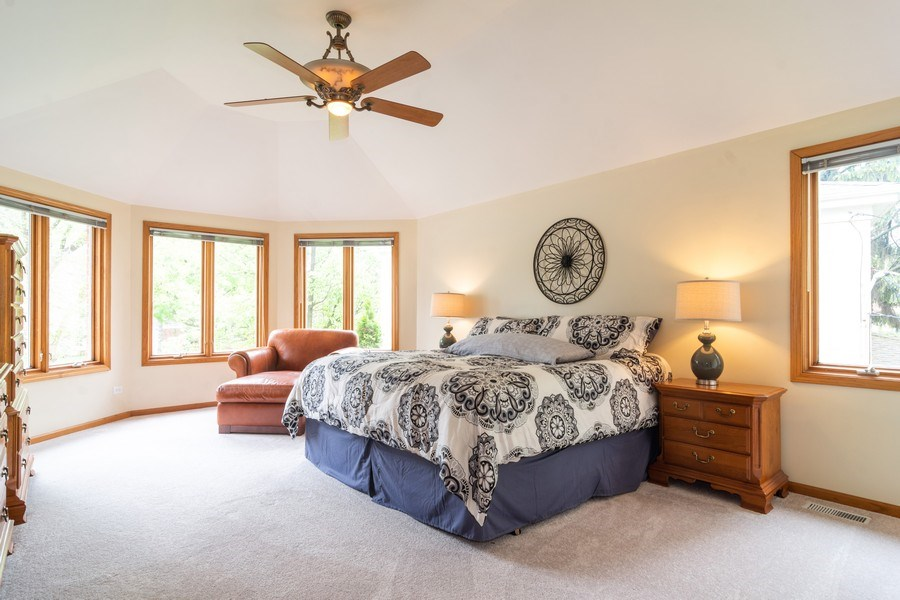 Real Estate Photography - 308 S Derbyshire, Arlington Heights, IL, 60004 - Master Bedroom