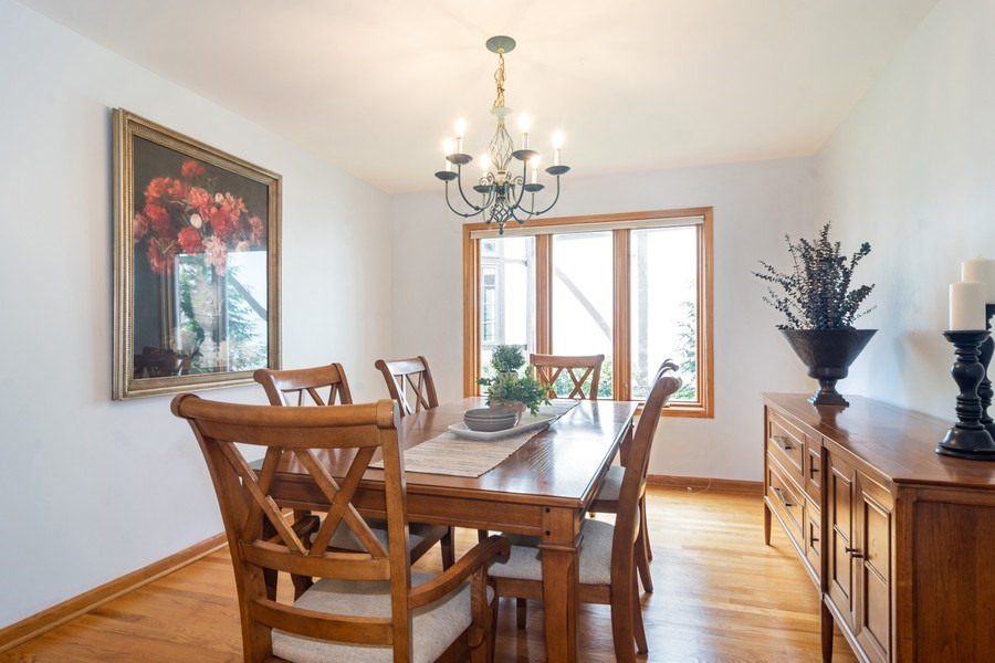 Real Estate Photography - 308 S Derbyshire, Arlington Heights, IL, 60004 - Dining Room