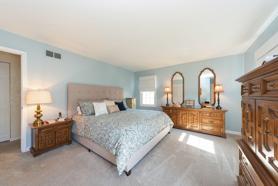 Real Estate Photography - 940 Shambliss Lane, Buffalo Grove, IL, 60089 - Master Bedroom