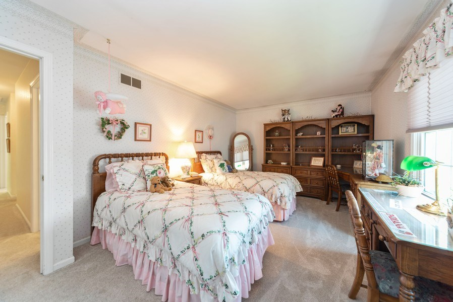 Real Estate Photography - 940 Shambliss Lane, Buffalo Grove, IL, 60089 - 4th Bedroom
