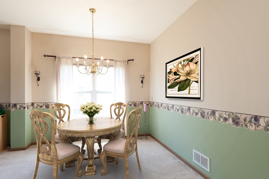 Real Estate Photography - 410 Gold Finch Circle, Lindenhurst, IL, 60046 - Dining Room