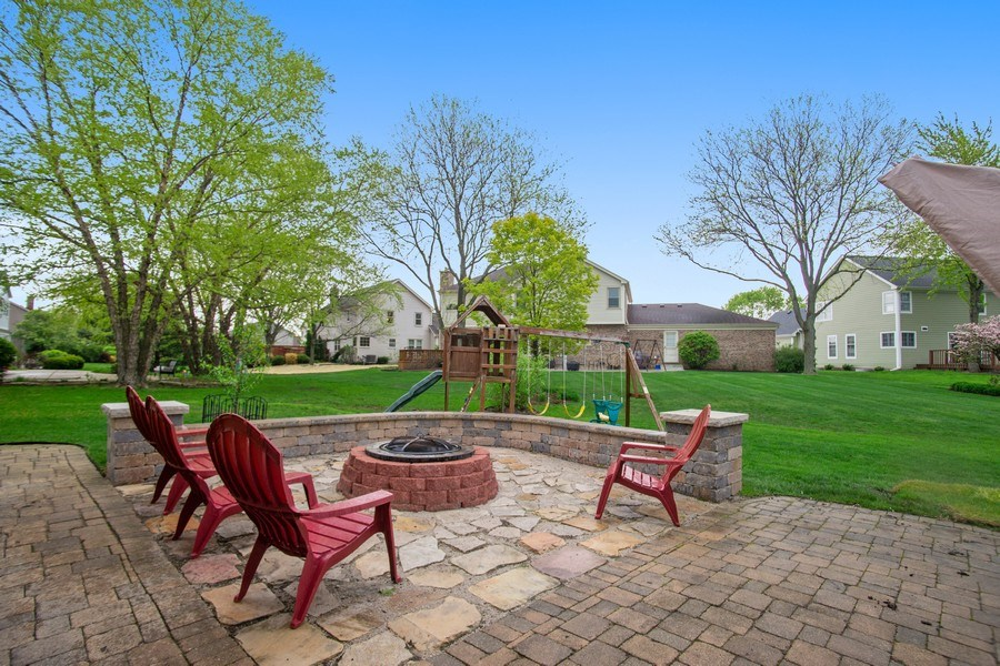 Real Estate Photography - 813 Heatherstone Drive, Schaumburg, IL, 60173 - View