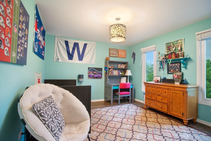 Real Estate Photography - 813 Heatherstone Drive, Schaumburg, IL, 60173 - 2nd Bedroom
