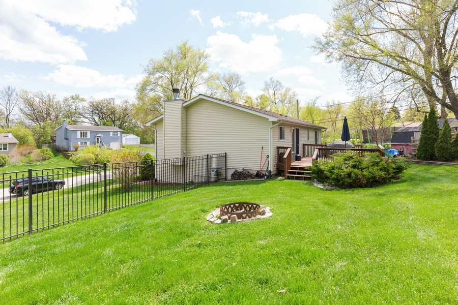 Real Estate Photography - 2408 Ridge Road, Cary, IL, 60013 - Side View