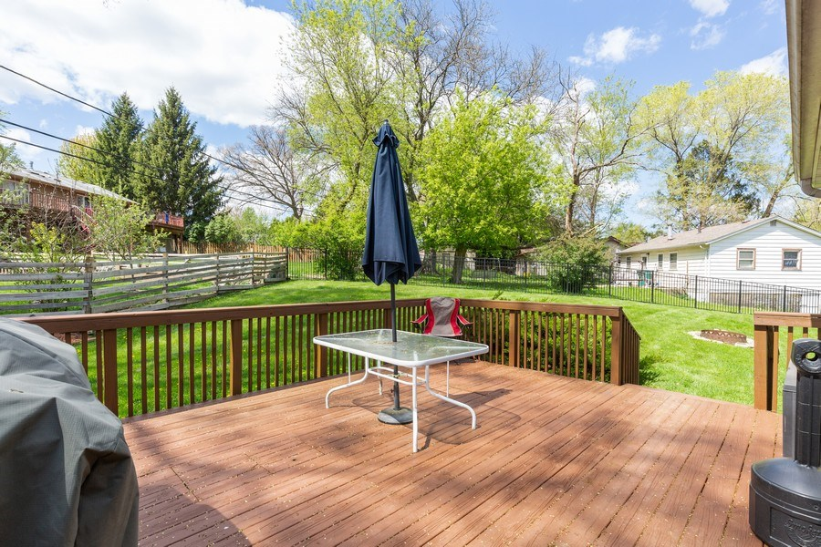 Real Estate Photography - 2408 Ridge Road, Cary, IL, 60013 - Deck