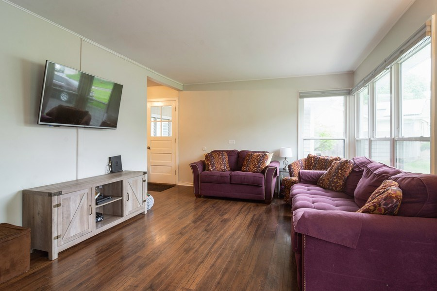Real Estate Photography - 2704 Sigwalt Street, Rolling Meadows, IL, 60008 - Living Room