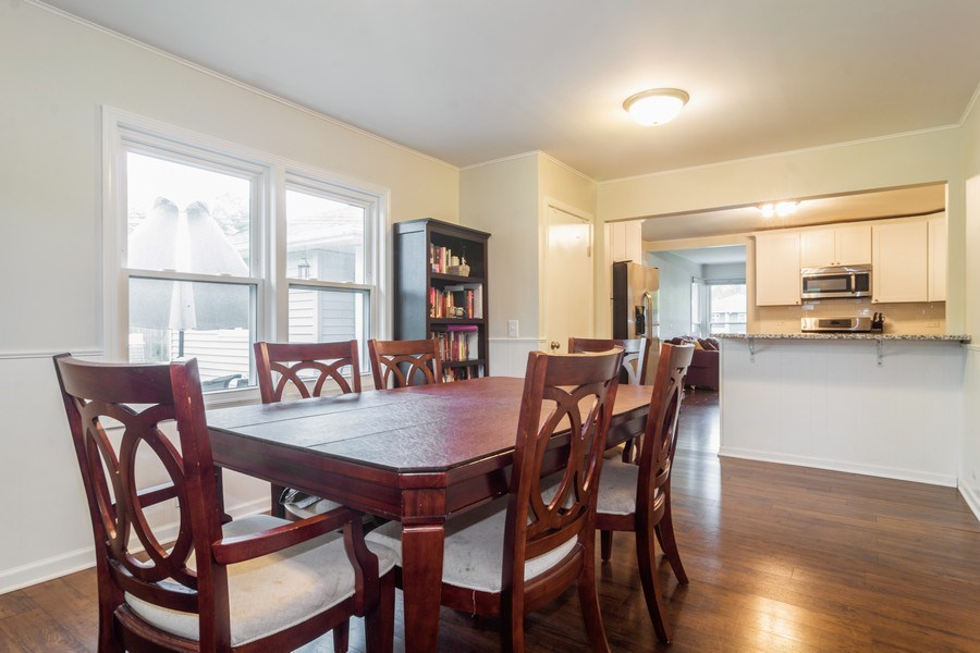 Real Estate Photography - 2704 Sigwalt Street, Rolling Meadows, IL, 60008 - Dining Area
