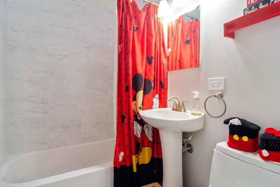 Real Estate Photography - 2704 Sigwalt Street, Rolling Meadows, IL, 60008 - 2nd Bathroom