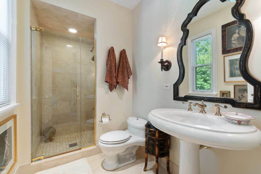 Real Estate Photography - 135 South Lincoln St, Batavia, IL, 60510 - 2nd Bathroom
