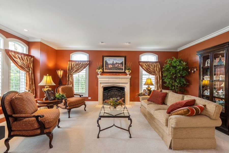 Real Estate Photography - 22332 N. GREENMEADOW Drive, Kildeer, IL, 60047 - Living Room