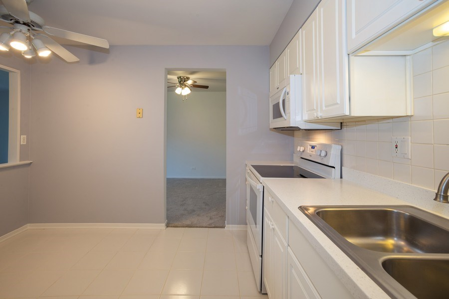 Real Estate Photography - 1505 E. Central Road, Unit 106A, Arlington Heights, IL, 60005 - Kitchen