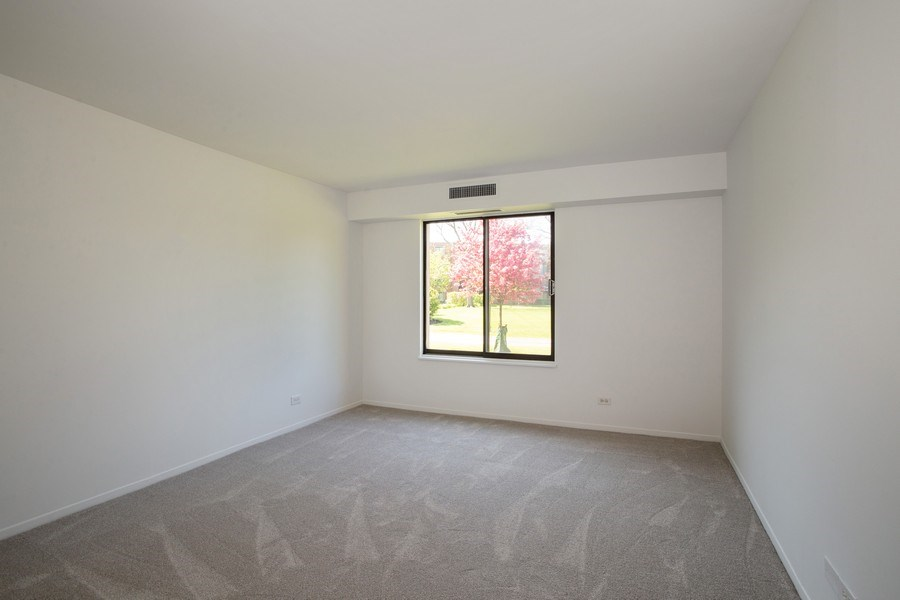 Real Estate Photography - 1505 E. Central Road, Unit 106A, Arlington Heights, IL, 60005 - Bedroom