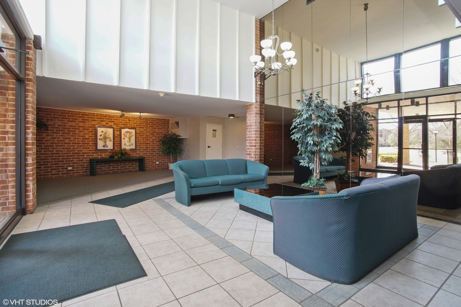 Real Estate Photography - 1505 E. Central Road, Unit 106A, Arlington Heights, IL, 60005 - Building Lobby