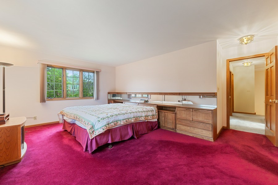 Real Estate Photography - 8738 Kentwood Court, Darien, IL, 60561 - Master Bedroom