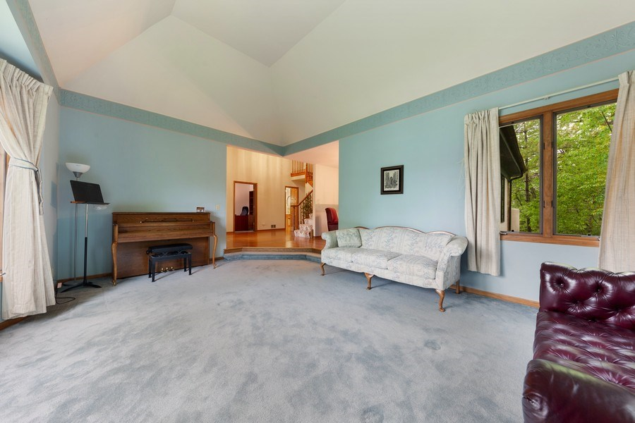 Real Estate Photography - 8738 Kentwood Court, Darien, IL, 60561 - Living Room