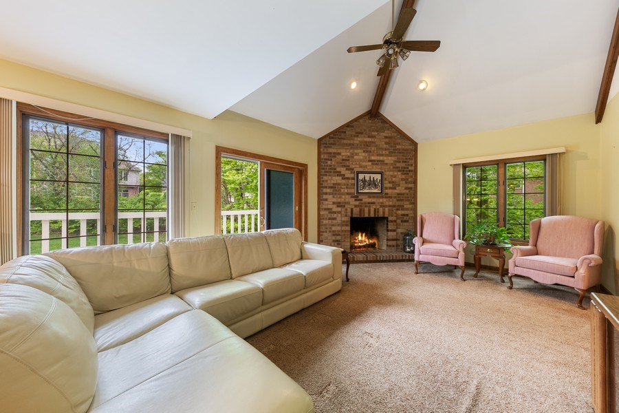 Real Estate Photography - 8738 Kentwood Court, Darien, IL, 60561 - Family Room