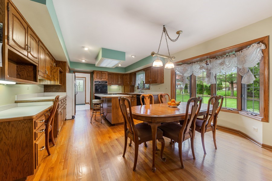 Real Estate Photography - 8738 Kentwood Court, Darien, IL, 60561 - Breakfast Area