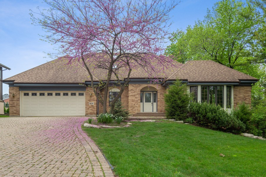 Real Estate Photography - 8738 Kentwood Court, Darien, IL, 60561 - Front View