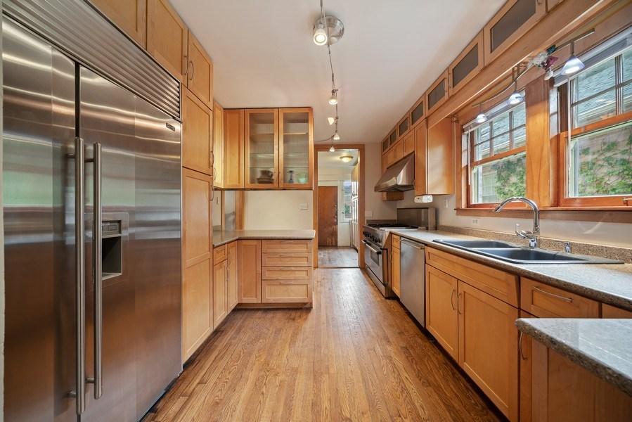 Real Estate Photography - 1207 Rossell Avenue, Oak Park, IL, 60302 - Kitchen