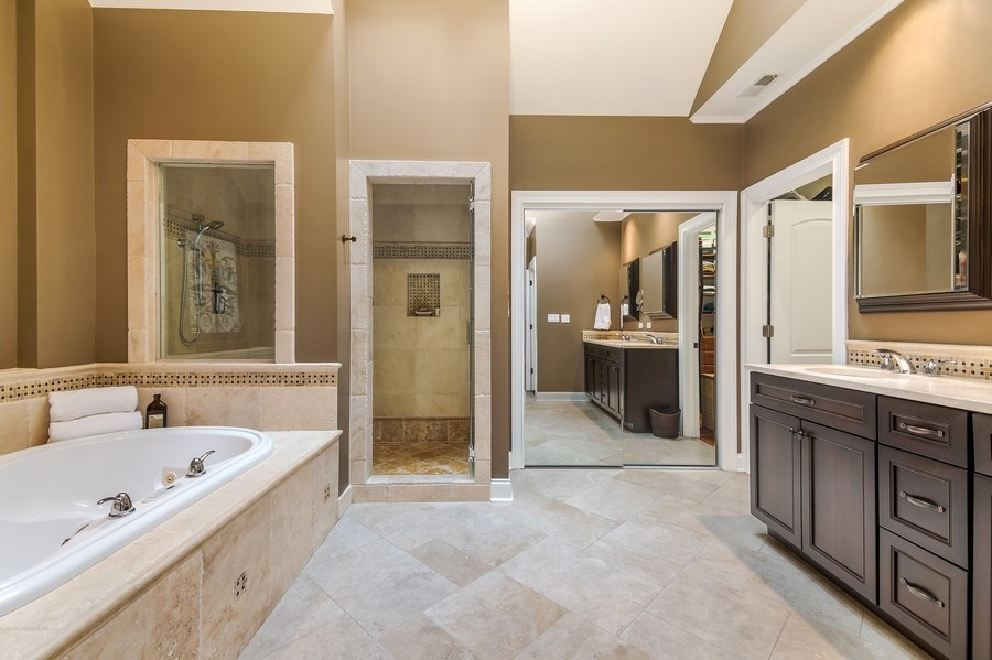 Real Estate Photography - 3703 Springdale Ave, Glenview, IL, 60025 - Master Spa Bath