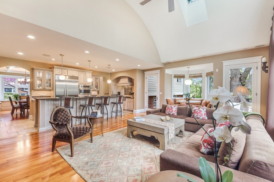Real Estate Photography - 3703 Springdale Ave, Glenview, IL, 60025 - Family Room