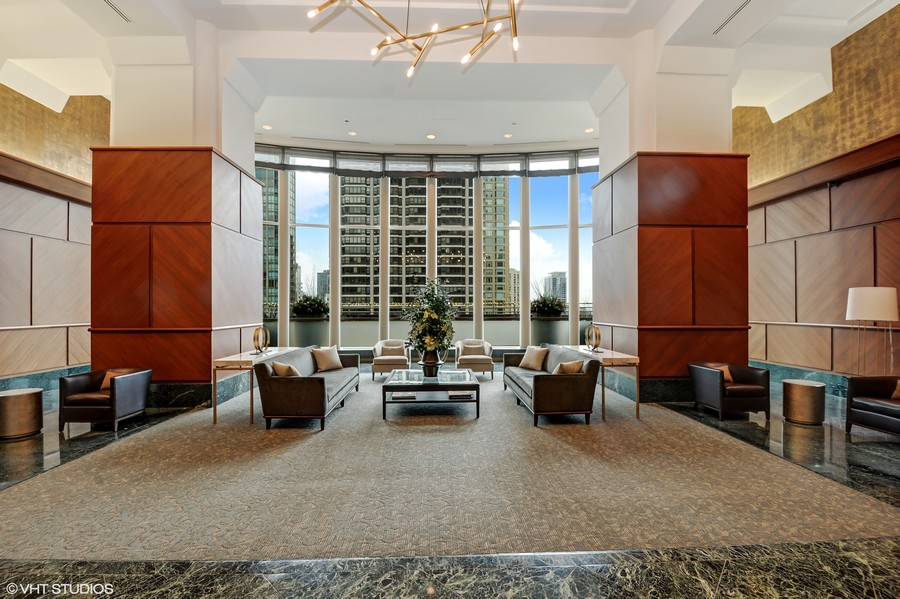 Real Estate Photography - 100 E. Huron Street, Unit 1802, Chicago, IL, 60611 - Lobby
