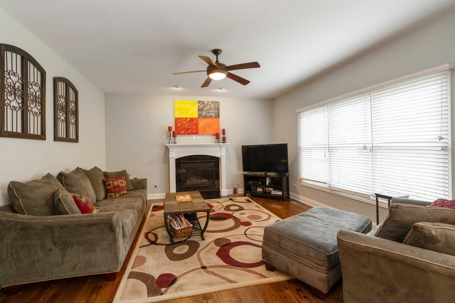 Real Estate Photography - 4956 Paxton Road, Oak Lawn, IL, 60453 - Family Room
