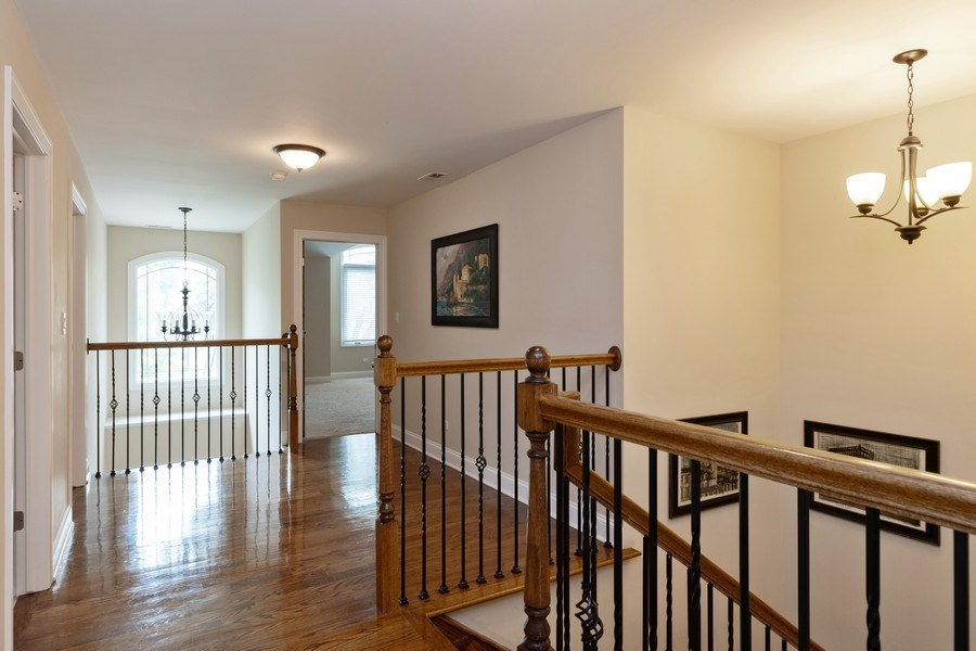 Real Estate Photography - 4956 Paxton Road, Oak Lawn, IL, 60453 - Hallway