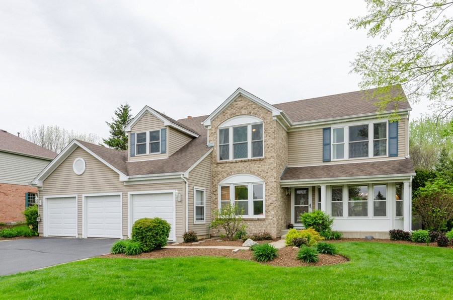 Real Estate Photography - 1210 Alexandra Boulevard, Crystal Lake, IL, 60014 - Front View