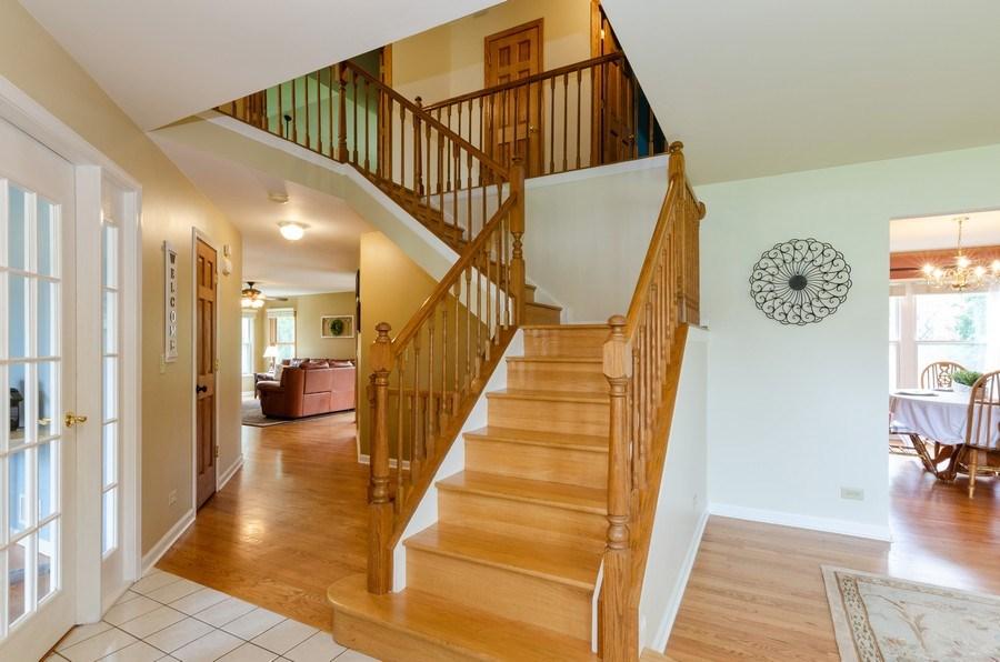 Real Estate Photography - 1210 Alexandra Boulevard, Crystal Lake, IL, 60014 - Foyer
