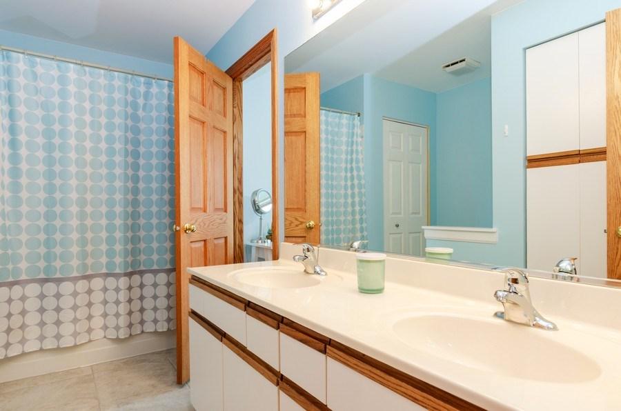 Real Estate Photography - 1210 Alexandra Boulevard, Crystal Lake, IL, 60014 - 2nd Bathroom