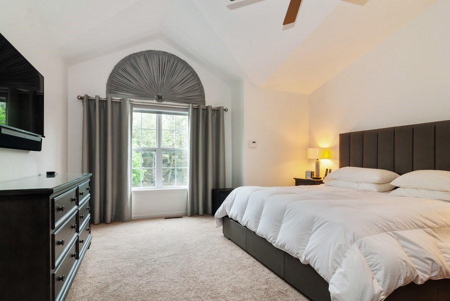 Real Estate Photography - 1236 Townes Circle, Aurora, IL, 60502 - Master Bedroom