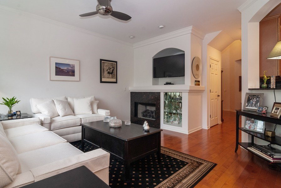 Real Estate Photography - 1236 Townes Circle, Aurora, IL, 60502 - Living Room