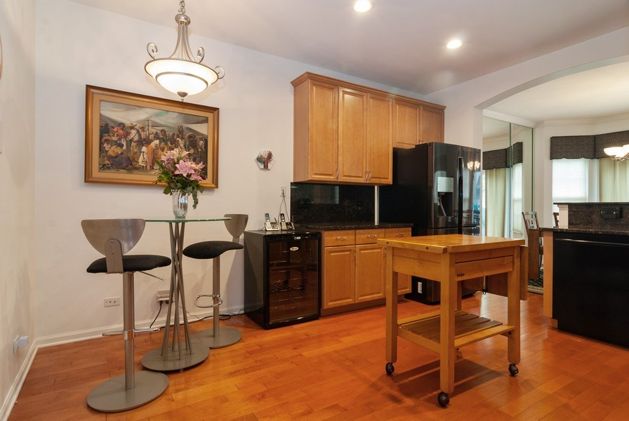 Real Estate Photography - 1236 Townes Circle, Aurora, IL, 60502 - Kitchen / Breakfast Room