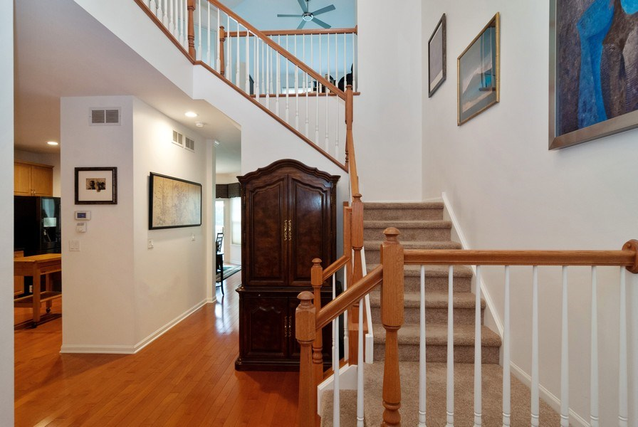 Real Estate Photography - 1236 Townes Circle, Aurora, IL, 60502 - Foyer