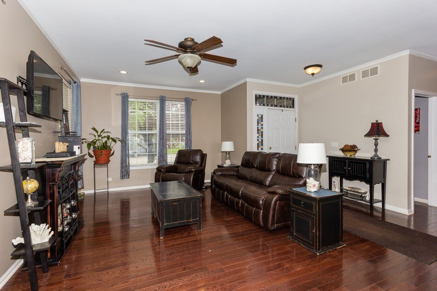Real Estate Photography - 2109 Vermette Circle, Plainfield, IL, 60586 - Living Room