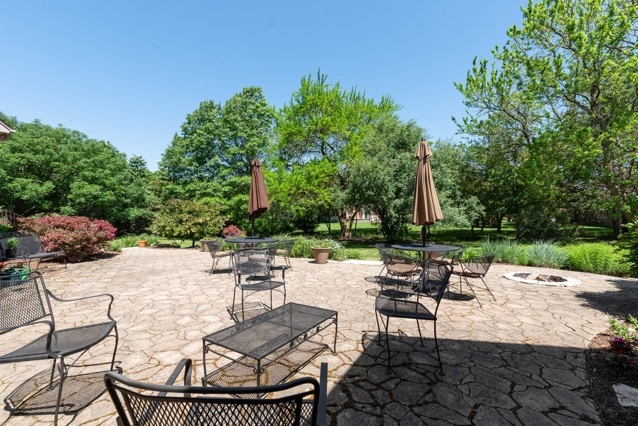 Real Estate Photography - 20400 Windflower Court, Mundelein, IL, 60060 - Patio