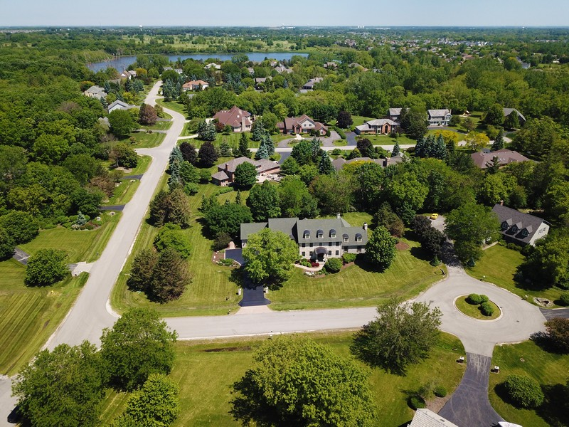 Real Estate Photography - 20400 Windflower Court, Mundelein, IL, 60060 - Neighborhood View