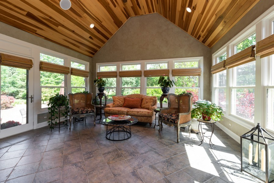 Real Estate Photography - 20400 Windflower Court, Mundelein, IL, 60060 - Sun Room