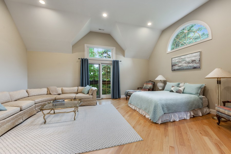 Real Estate Photography - 707 W. Lynnwood Avenue, Arlington Heights, IL, 60004 - Master Bedroom