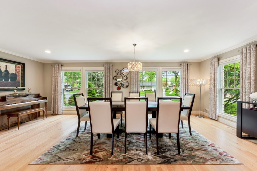 Real Estate Photography - 707 W. Lynnwood Avenue, Arlington Heights, IL, 60004 - Dining Room