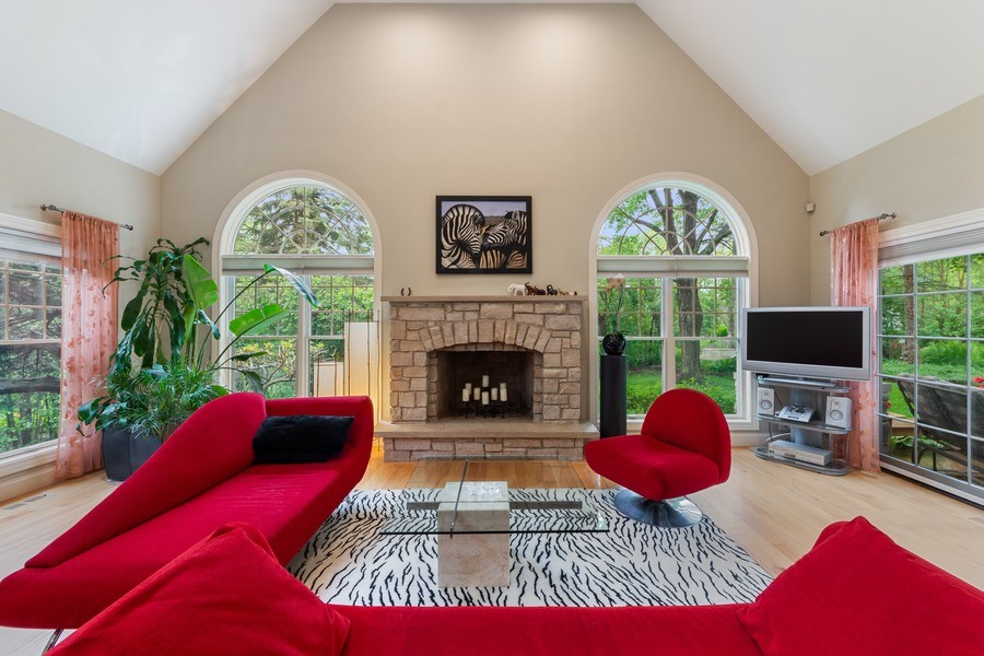 Real Estate Photography - 707 W. Lynnwood Avenue, Arlington Heights, IL, 60004 - Family Room