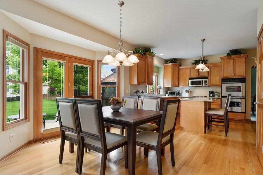 Real Estate Photography - 5520 Bergamot Lane, Naperville, IL, 60564 - Eating Area