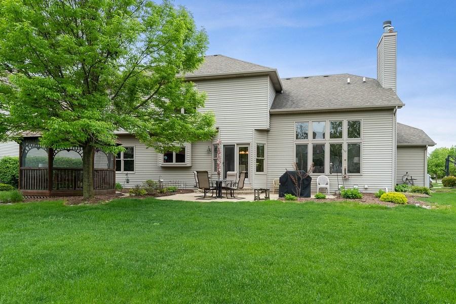 Real Estate Photography - 5520 Bergamot Lane, Naperville, IL, 60564 - Backyard