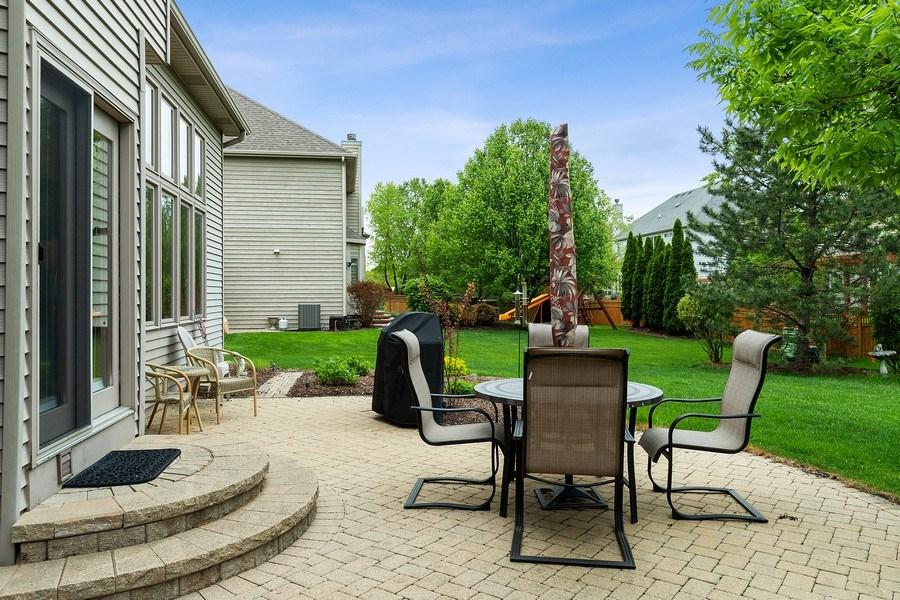 Real Estate Photography - 5520 Bergamot Lane, Naperville, IL, 60564 - Paver Patio
